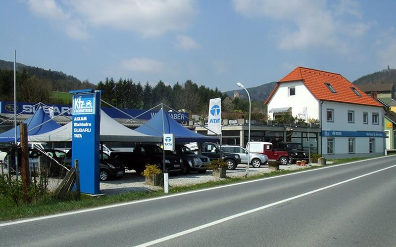 Autohaus Windhaber in Stubenberg am See, Autohaus Windhaber KG, Aufnahme im Freien bei Sonnenschein